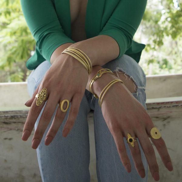 rings worn 1